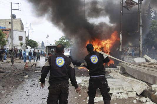 L'attentat s'est produit près d'une mosquée et du siège du gouvernement provisoire, formé en novembre 2013.