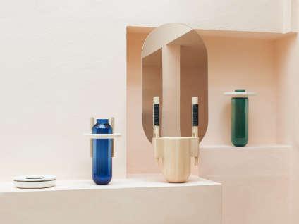 Vases et boîtes de Samy Rio.