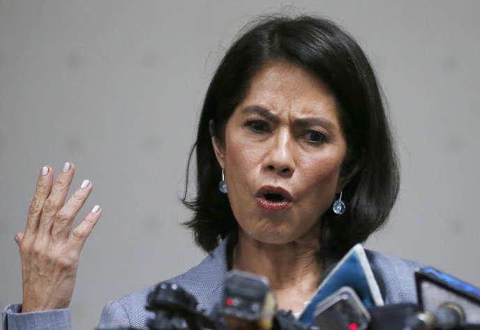 Gina Lopez lors d'une conférence de presse après l'annonce de son débarquement du gouvernement philippin, à Pasay, le 3 mai.