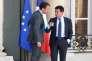 Emmanuel Macron et Manuel Valls à l'Elysée le 31 juillet 2015.