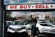 Des voitures à vendre dans le quartier du Queens à New York, le 2 mai.