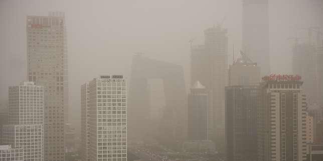 Pollution atmosphérique à Pékin, le 4 mai.