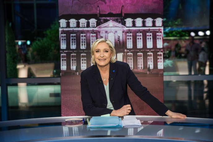 Marine Le Pen, à l'émission« Elysée 2017», le 25 avril.