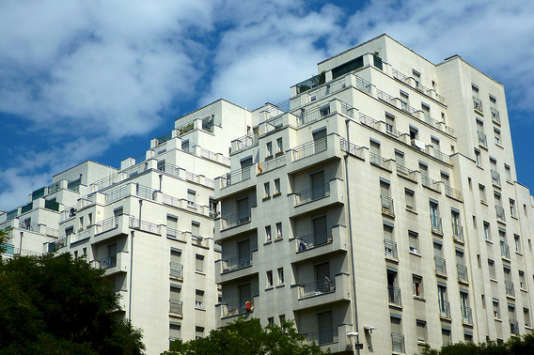 Les loyers distribués par les sociétés civiles de placement immobilier (SCPI) devraient rapporter autour de 4,4 % en moyenne en 2017, après 4,6 % en 2016