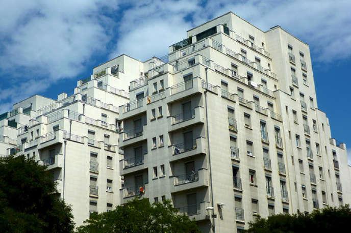L'IFI concerna les contribuables qui détiennent un patrimoine immobilier net taxable, supérieur à 1,3 millions d'euros.