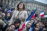 Au Carrousel du Louvre à Paris, dimanche 7 mai 2017.