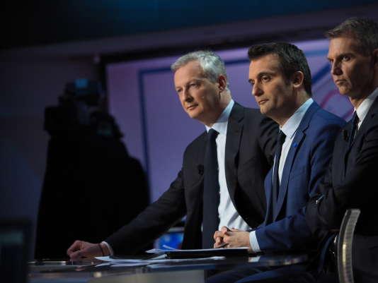 Bruno Le Maire (LR) aux côtés de Florian Philippot (FN) sur le plateau de TF1, le 7 mai.