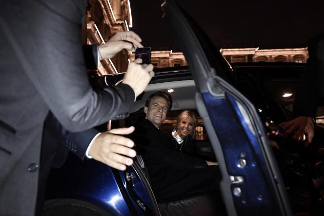 Arrivée d'Emmanuel Macron au Louvre, dimanche 7 mai.