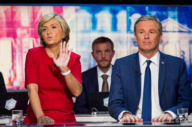Valérie Pécresse Les Républicains) et Nicolas Dupont-Aignan (Debout la France) sur le plateau de TF1, dimanche soir.
