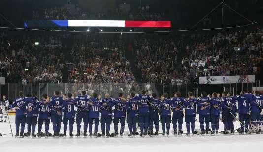 Une Marseillaise a suivi la victoire française contre la Finlande, comme de rigueur pour le pays vainqueur.