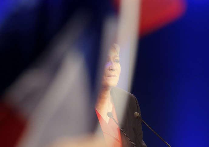 Marine Le Pen reconnaît sa défaite lors d'une allocution au Chalet du Lac, à Paris le 7 mai.