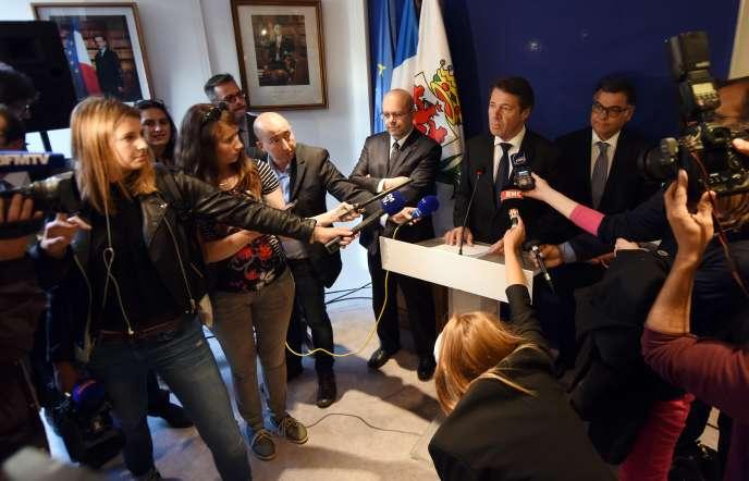 Conférence de presse de Christian Estrosi, à Nice, lundi 8 mai.