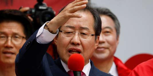 Le candidat du Parti de la liberté Hong Joon-pyo, le 8 mai 2017.