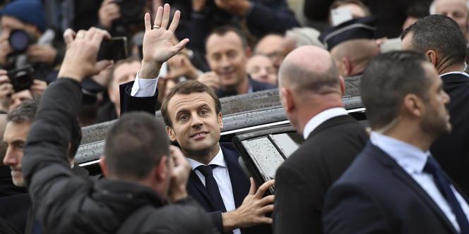 Emmmanuel Macron à Paris lors de la commémoration, le 8 mai 2017, de la victoire des Alliés en 1945.