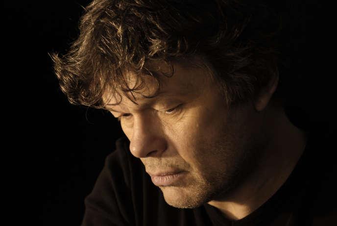 L'écrivain Pierre Jourde, en 2012.