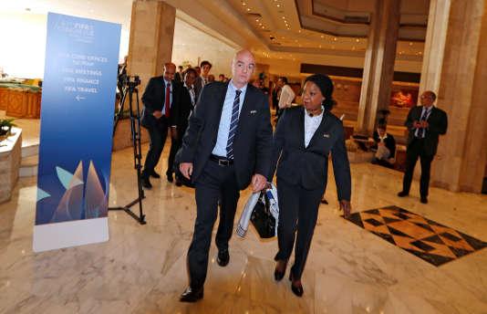 Le président de la FIFA, Gianni Infantino, et sa secrétaire générale, Fatma Samoura, le9mai.