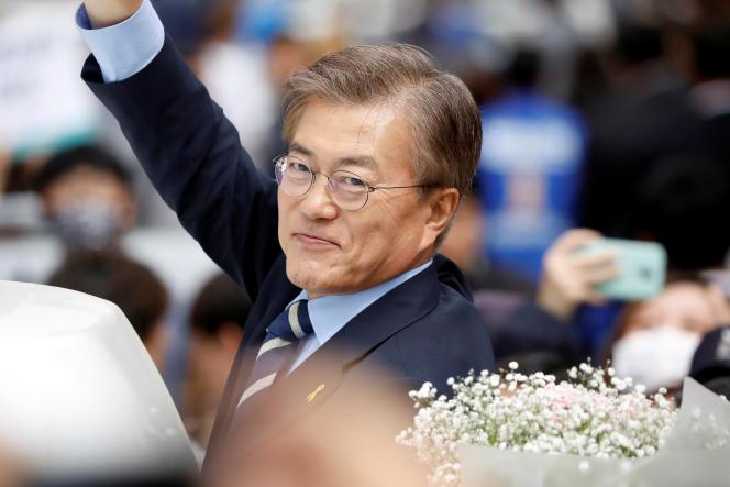 Moon Jae-in, candidat de la présidentielle en Corée du Sud lors d'un meeting de campagne à Daegu, le 8 mai.