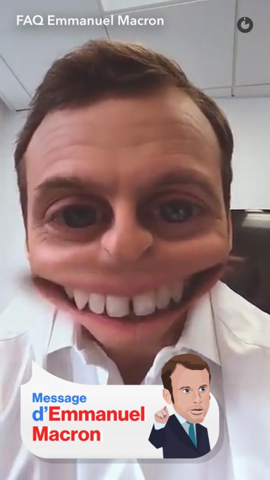 Comme Benoît Hamon, François Fillon et Marine LePen, Emmanuel Macron a joué à déformer son image sur Snapchat, réseau très prisé des jeunes.