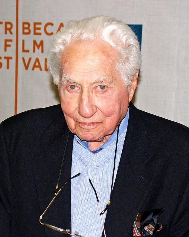 L'écrivain et scénariste américainBudd Schulberg, début des années 2000.