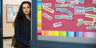 Dans «13 Reasons Why», Hannah (interprétée par Katherine Langford) est harcelée, puis violée par un élève de son lycée.