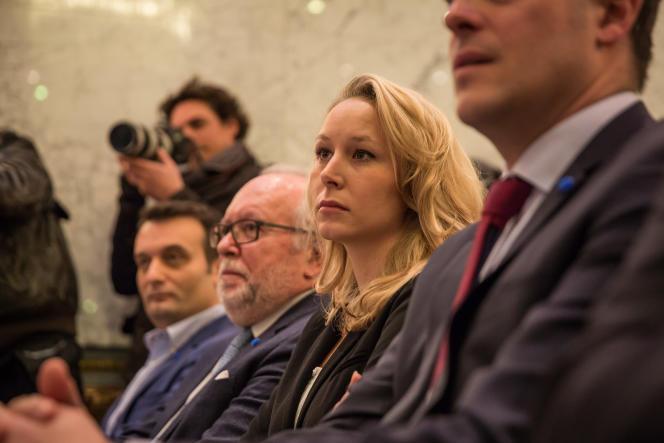 Marion Maréchal-Le Pen lors d'une conférence de presse de Marine Le Pen àParis le 29avril.