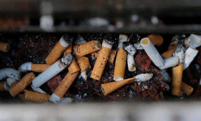 Le tabac pourrait provoquer au cours du XXIe siècle jusqu'à un milliard de morts dans le monde.