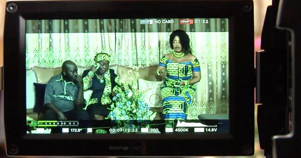 ma grande famille une nouvelle saison de la s rie succ s ivoirienne. Black Bedroom Furniture Sets. Home Design Ideas
