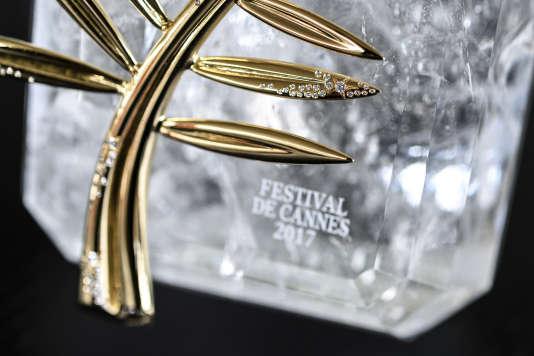 La Palme d'or ornée de diamants, créée à l'occasion du 70eanniversaire de la naissance du Festival de Cannes.