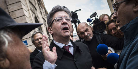 Jean-Luc Mélenchon en visite à Marseille pour déclarer officiellement sa candidature dans la 4e circonscription des Bouches-du-Rhône.