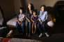 Jeanette Vizguerra, 45 ans, entourée de trois de ses quatre enfants, Roberto, Zury, et Luna, dans l'église baptiste deDenver (Colorado), le 5 mai.