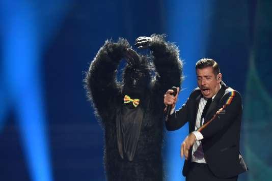 Le chanteur italien Francesco Gabbani (accompagné de son gorille), était l'un des favoris des parieurs.