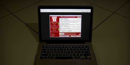 Le message affiché par le rançongiciel, demandant le paiement de 300 dollars pour débloquer le contenu de l'ordinateur.