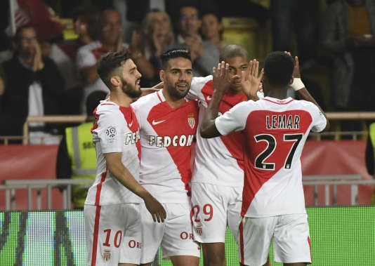 La joie des Monégasques après leur victoire face à Lille, le 14 mai.