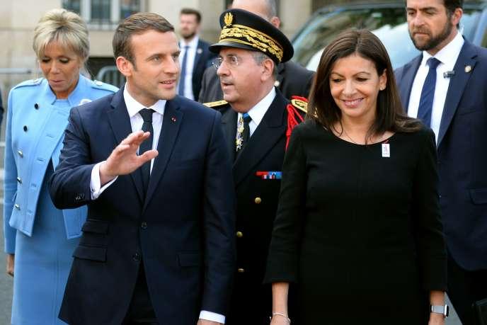 Emmanuel Macron, président de la République, et Anne Hidalgo, maire de Paris, le dimanche 14 mai.