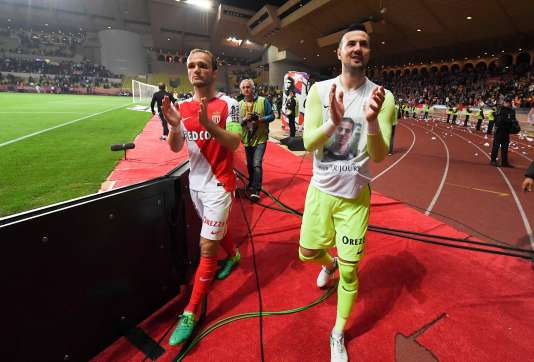 Les Monégasques célèbrent leur victoire (4-0) contre Lille, dimanche 14 mai.