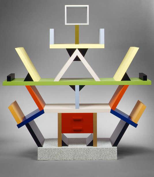 Bibliothèque cloison «Carlton», en bois et laminé plastique, 1981, époque Memphis d'Ettore Sottsass.