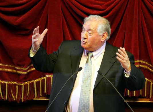 Le sénateur François Fortassin lors du Congrès du Parlement à Versailles en février2005.