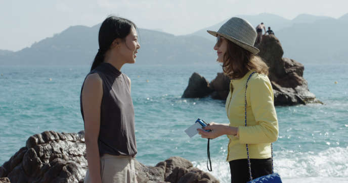 Kim Min-hee et Isabelle Huppert dans«La Caméra de Claire», d'Hong Sang-soo.