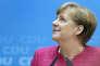 «Au lieu de jouer sur le taux de change, il serait préférable pour l'Allemagne de s'attaquer directement au déséquilibre entre l'épargne et l'investissement. C'est sur ce sujet que les vues des deux grands partis en lice divergent». (Photo : La chancelière allemande Angela Merkel au siège de l'Union chrétienne démocrate (CDU) dont elle est la présidente fédérale depuis 2000. A Berlin, le lundi 15mai).
