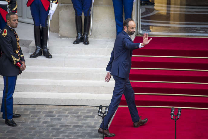 Edouard Philippe lors de la passation des pouvoirs à Matignon, lundi 15 mai 2017.