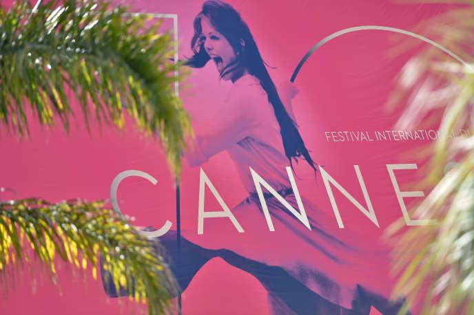 L'affiche du 70eFestival de Cannes, qui s'ouvre mercredi 17mai 2017, sur la Croisette.