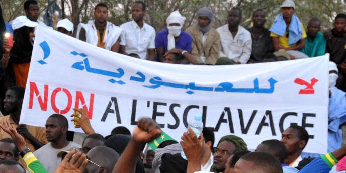 Manifestation à Nouakchott contre l'esclavage et les discriminations en avril 2015.