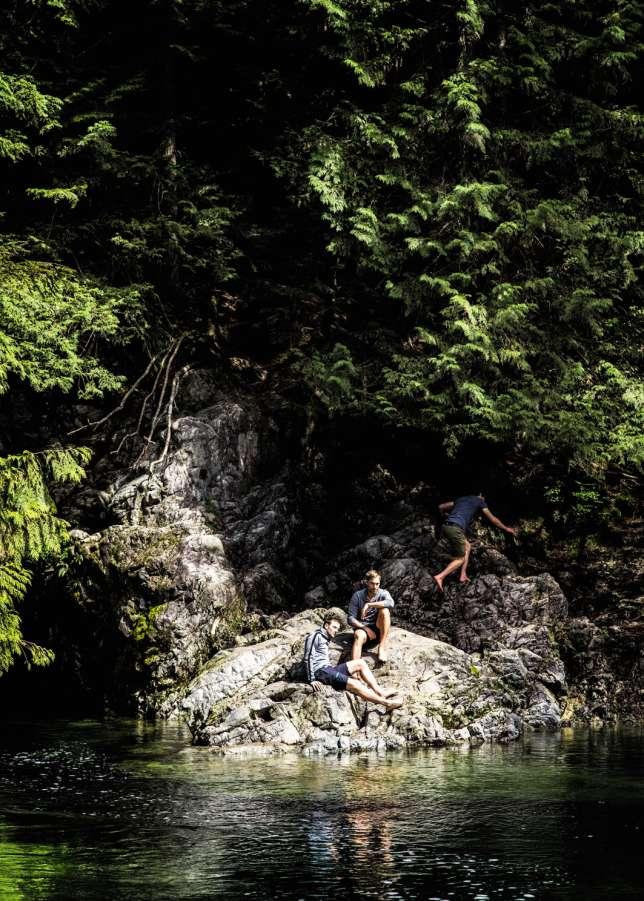 Au nord de la ville, le parc du Lynn Canyon offre, lui, de nombreuses criques où s'isoler.
