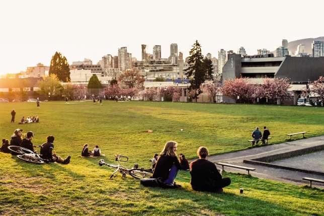 Les parcs, gigantesques, ne sont jamais très loin des gratte-ciel dans l'agglomération de Vancouver, peuplée de plus de 2 millions d'habitants. Ici, le Mount Pleasant.