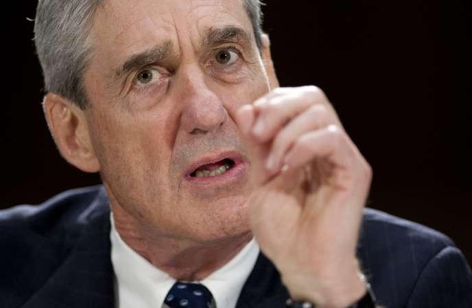 Robert Mueller, alors directeur du FBI, en 2013.