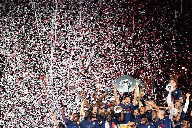 Huitième titre de champion de France : ça valait bien quelques confettis.