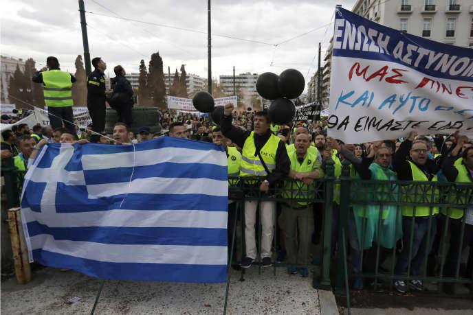 Manifestation contre l'austerité, à Athènes, le 17 mai.