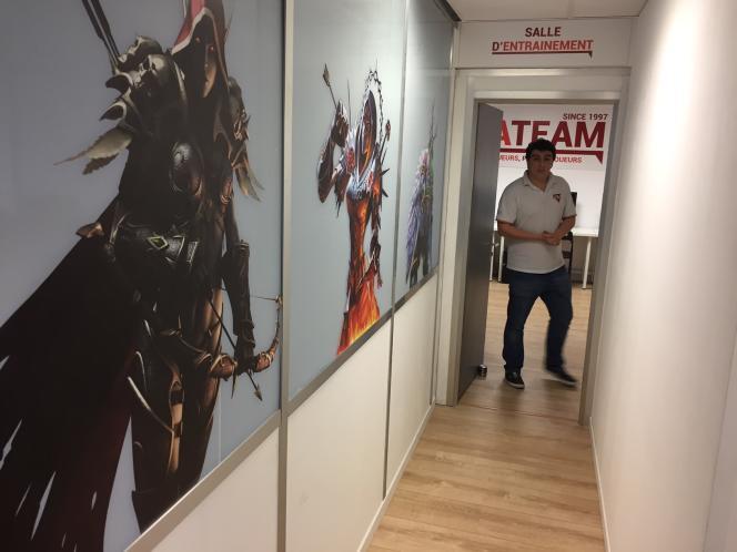 Jérémie Amzallag, cofondateur d'ArmaTeam seconde version, au sein des locaux du club au Kremlin-Bicêtre (Val-de-Marne ).
