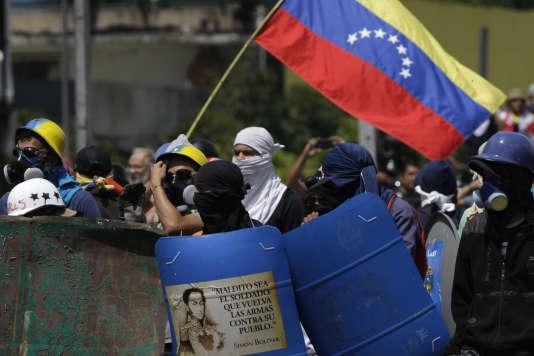 Manifestation antigouvernementale à Caracas, le 18 mai.
