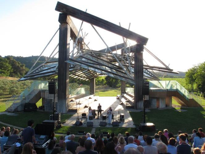 Un concert donné au« Pavillon de musique» construit par Frank O. Gehry.